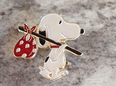 Vintage Peanuts Snoopy Hobo Hat Lapel Tie Pin Pinback By United Features