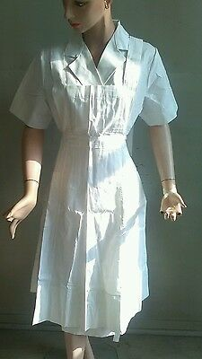 Vintage World War II white cotton two-piece nurses dress size 22