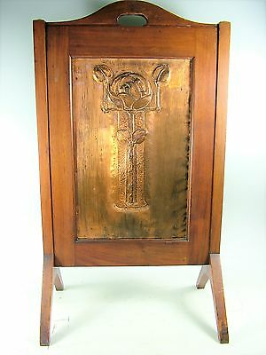 Quality Arts & Crafts Copper Fire Screen with Elm/ Oak Frame c1900