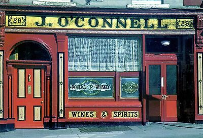 Traditional Irish Pub Front : J O'Connell : 29 South Richmond St. Dublin