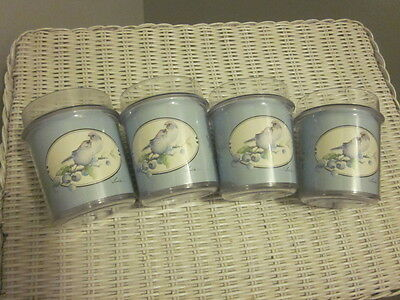 "Vintage Set Of 4 Plastic Tumblers - ""love Birds""  - Thermo-Serv 1983  Usa"