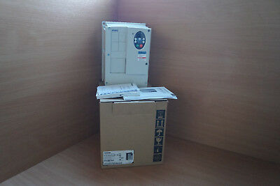 Toshiba VF-FS1 vffs1-4022pde-wp (R6) 2,2KW 3,9kva 3PH Frequency Converter