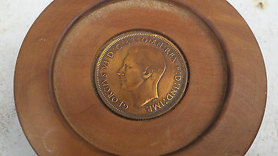 bermuda coin MOUNTED HARD WOOD PAPERWEIGHT - signed Cyril Smith