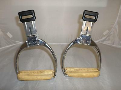 "*""LOOK"" - French safety quick release clip stirrups - equestrian riding*"