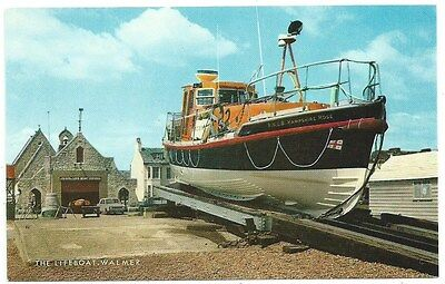 Vintage Postcard. The Walmer Lifeboat.(Hampshire Rose) Unused. Ref:73620