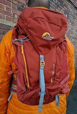 Lowe Alpine Airzone Trail 25 Rucksack. Hiking, Travel, Luggage.