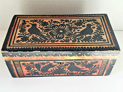 ANTIQUE Mexican Olinala Box Red on Black Lacquer Wood Incised Folk Art Rare