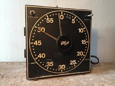 gralab 300 electro-mechanical dark room timer