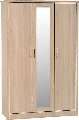 Lisbon Light Oak Veneer 3 Door Wardrobe *free Next Day Delivery