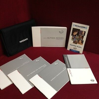 2014 Nissan Altima Sedan Owners Manual set w/ warranty & guide and case