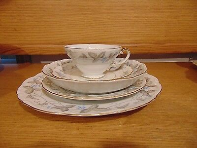 Harmony House Vntg Dawn Gray/Horizon Blue Dishes Services For 12 + Serving Mint