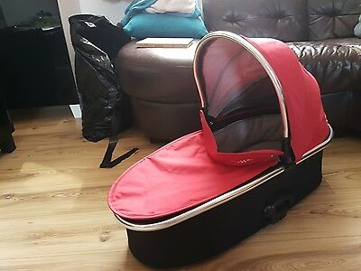oyster 2 max carrycot red and black covers