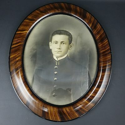 Antique Oval Tiger Wood Framed Civil or Spanish American War Soldier Photo Nice!
