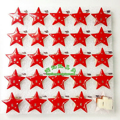 Lot Red star Flashing LED Light Up Badge/Brooch Pins Christmas Gifts Q154