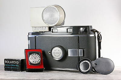 Polaroid land camera 160 with accessories flash and light meter