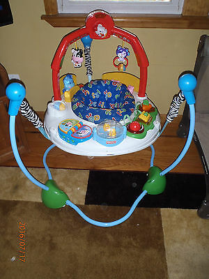 Fisher Price Bouncer/Jumper Activity Set