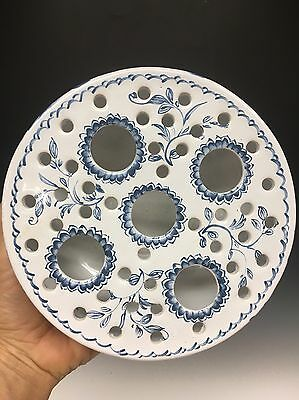 Beautiful Vintage Mottehadah Estate Porcelain Blue White Case Centerpiece