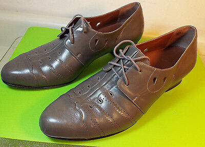 VINTAGE 1940s WOMENS LEATHER SHOES GORGEOUS! GRAY PIERCED LEATHER SIZE 8 - 8 1/2
