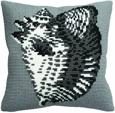 Cross Stitch Cushion Front Kit Cat Collection D/'Art Ms Cool CD5187