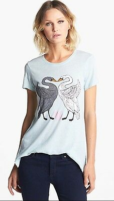Wildfox Kissing Swans Crewneck Tee Size Extra Small