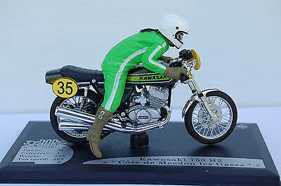 KAWASAKI 750 H2 with RIDER   1/18th  MODEL  MOTORCYCLE