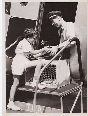 Bobby Green & His Pet Chicken 8x6 Original 7/16/1935 B&W Photo - TWA - New York