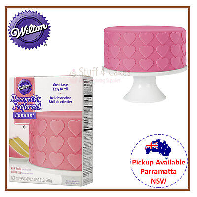 WILTON PINK VANILLA ROLLED FONDANT 680g RTR ICING COLOUR CAKE DECORATING