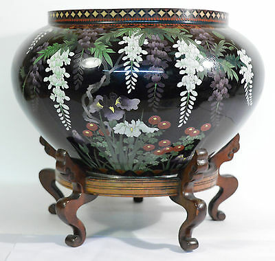 A large 19th century Japanese Meiji period cloisonné Jardinière good condition