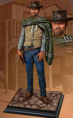COLLECTORS SHOWCASE- CS60011 Wild West Clint Eastwood 1/6 scale statue