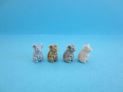 Four WaLOVELY MINIATURES WADE LIL' BITS *GREY, BLUE, BEIGE AND WHITE* MICE, 2002