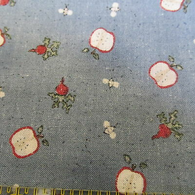 """WEdgewood country blue cotton fabric Vtg 80s APPLES kitchen print remnant 15""""x44"""