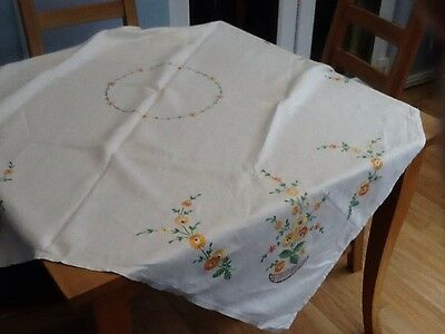 Lovely Vintage Embroidered Linen Tablecloth