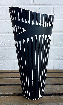 -LARHOLM, NORWAY- LARGE DECORATIVE BLACK/WHITE ART STUDIO POTTERY VASE No. 2201