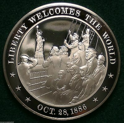 Liberty Welcomes The World 1886 Franklin Mint Bronze Medal