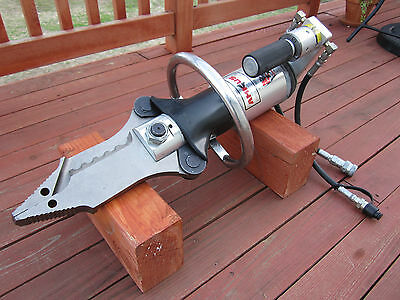 Amkus Amk-C15 Combination Cutter/spreader/puller Fire & Rescue Tool Jaws Of Life