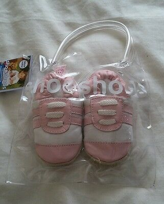 Shoo shoos Baby girl shoes, new with tags