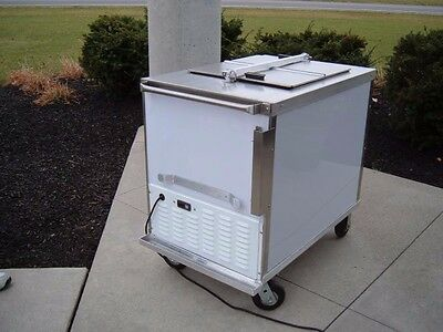 Nelson CLT 6 ice cream dipping cabinet