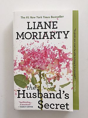 The Husband's Secret by Liane Moriarty (2015, Paperback)