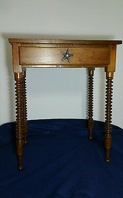 Antique/Vintage Wooden End Table w/ ball turned legs w/ drawer