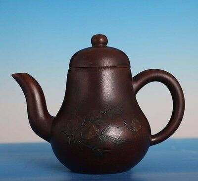 Fine Old Chinese Hand craving Pottery Yixing Zisha Teapot Collectible PT203