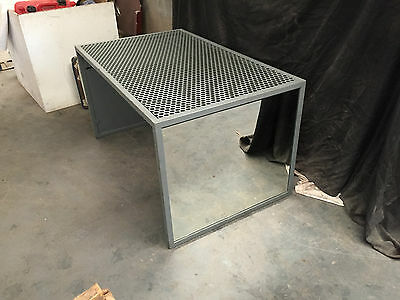 Retail Display Metal Desk Table With Mirrors On Each End Store Furniture