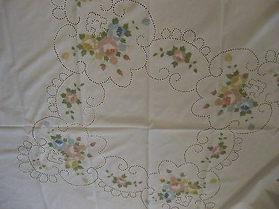 Round Tablecloth Roses and Open Work