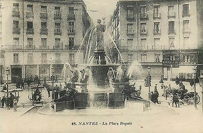 Cp Nantes Place Royale Animee