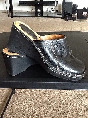 Born Womens Clog Mule Slip On Shoes 9 M/W Pebbled Leather Black Casual