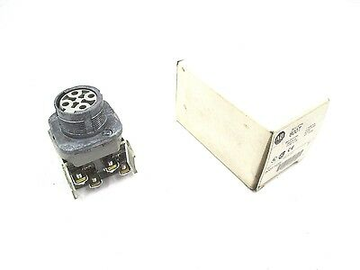 New Allen Bradley 800T-H2B Series T Selector Switch