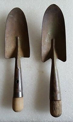 2 ANTIQUE Vintage GARDEN SHOVELS * HAND SPADE * STEEL / METAL & WOOD West Haven
