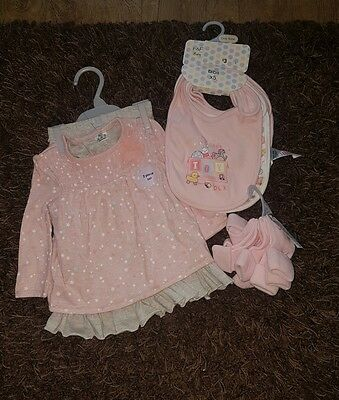 baby girls two piece outfit, age 3-6 months with bibs and socks