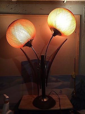 Vintage Retro Majestic Flower Look Table Lamp Mid Century Danish Modern Walnut