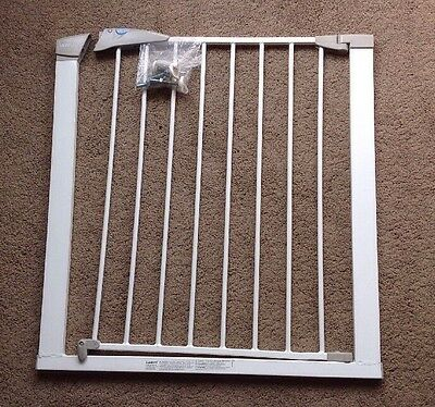 Lindam Sure Shut Axis Safety Gate Baby & Toddler Stair Gate