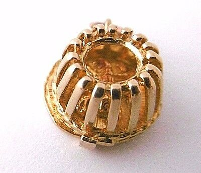 Vintage  LOBSTER POT OPENS LOBSTER INSIDE  solid 9ct yellow gold small charm